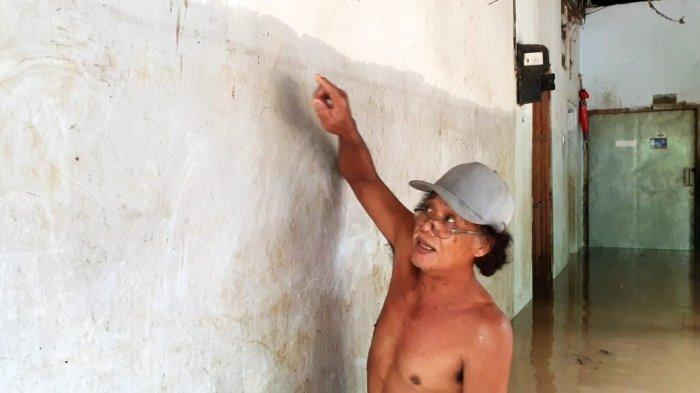Warga Sengsara Banyak Hewan Ternak Mati Terkena Banjir di Bandar Kedungmulyo Jombang