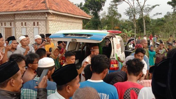 Alami Ganguan Jiwa, Remaja di Sampang Terseret Arus Sungai hingga ke Desa Tetangga