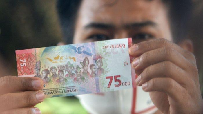 Antusiasme Warga Jember Antre Penukaran Uang Rp 75 Ribu di BI, Waktu Tukar Diperpanjang 30 September