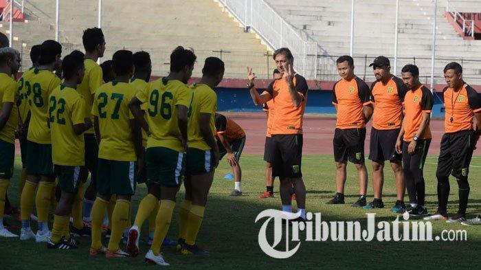 Hadapi Borneo FC, Wolfgang Pikal Sebut Empat Pemain Ini Akan Terima Perhatian Khusus