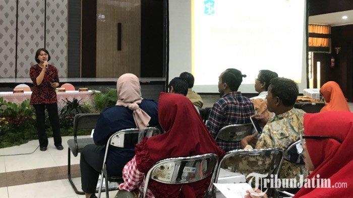 LIVE: Pemkot Surabaya Selenggarakan Workshop Penggunaan Solarcell Bagi Masyarakat