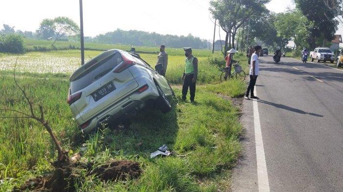 Tragedi Xpander di Madura Nyungsep ke Sawah, Bermula dari Permintaan Sang Ortu ke Anaknya di Mobil