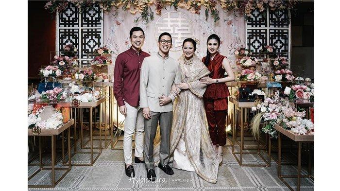 Pose Mesra Sandra Dewi dan Harvey Moeis di Bridal Shower Yuanita Christiani Jadi Sorotan