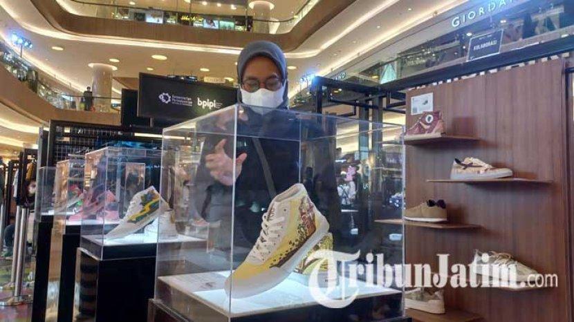 pameran-sepatu-lokal-hypebeast-nation-2021-di-pakuwon-mall-surabaya.jpg