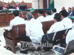 12-anggota-dprd-kota-malang-sidang-ditunda.jpg