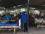 16-tenaga-kesehatan-fk-unair-di-lokasi-bencana-gempa-bumi-lombok_20180809_144108.jpg