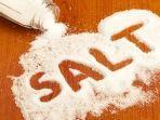 4-manfaat-air-garam-untuk-kesehatan-tubuh.jpg