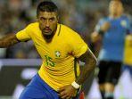 aksi-paulinho-setelah-mencetak-gol-untuk-timnas-brasil_20170819_072003.jpg