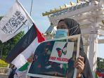 aksi-peduli-palestina-di-depan-dprd-jatim-surabaya.jpg