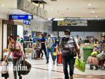 aktivitas-para-penumpang-domestik-di-terminal-1-bandara-juanda-pada-senin.jpg
