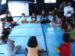 anak-anak-korban-gempa-dan-tsunami-sulawesi-tengah-bermain-bersama_20181008_200606.jpg