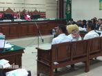 anggota-dprd-malang-sidang-pengadilan-tipikor-rabu-10102018_20181010_184500.jpg