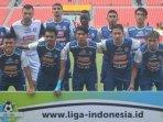 arema-fc-saat-akan-menghadapi-sriwijaya-fc-di-stadion-jakabaring-palembang_20180724_190846.jpg