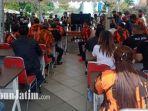 audiensi-pekerja-tempat-hiburan-malam-danpemkot-surabaya.jpg