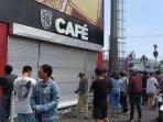 bali-united-cafe-ditutup-pasca-antrean-tiket-bali-united-vs-madura-united-yang-berujung-ricuh.jpg