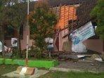 bangunan-sdn-karangsono-4-kecamatan-bangsalsari-jember-roboh-karena-lapuk.jpg