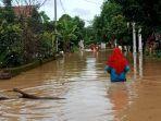 banjir-di-jombang-karena-jebolnya-tanggul.jpg