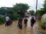 banjir-di-pamekasan-yang-berakibat-pemadaman-listrik.jpg