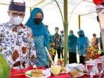 banyuwangi-menggelar-festival-pangan-non-beras-fepanora-di-agrowisata-tamansuruh-banyuwangi.jpg