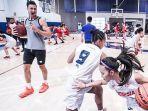 berita-amerika-practice-pemain-honda-dbl-indonesia-all-stars-2019-fokus-latihan.jpg