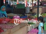 berita-blitar-pasar-wage-kota-blitar_20180812_160136.jpg