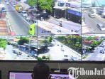 berita-kediri-petugas-command-center-mengamati-kondisi-lalu-lintas-di-kota-kediri.jpg
