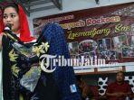 berita-lumajang-puti-guntur-di-centra-batik-lumajang_20180313_174840.jpg