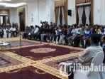 berita-surabaya-dialog-sopir-angkot-surabaya_20170321_083019.jpg