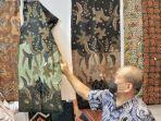 berita-surabaya-ketua-dpd-ri-aa-lanyalla-mahmud-mattalitti-kunjungi-sentra-batik.jpg