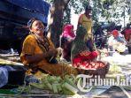 berita-surabaya-kupat-bangkalan_20170630_155346.jpg