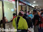 berita-surabaya-para-penumpang-di-terminal-bandara-juanda.jpg