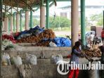 berita-surabaya-pengungsi-syiah-kpengupas-kelapa_20170329_102143.jpg