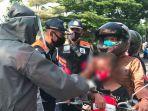 berita-surabaya-petugas-lakukan-srcening-ke-pengandara-dan-anak-anak-di-bundaran-waru-sidoarjo.jpg