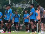 bertabur-8-gol-laga-timnas-u-22-indonesia-dihiasi-kejar-kejaran-skor.jpg