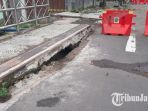 beton-jembatan-kartini-surabaya-patah_20180312_122926.jpg