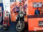 big-bike-ktm-790-adventure-dipamerkan-di-iims-surabaya-2019.jpg