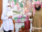 bupati-banyuwangi-ipuk-fiestiandani-bersama-syeikh-mohamed-abdel-zaher-shaqr.jpg