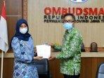 bupati-banyuwangi-ipuk-fiestiandani-kunjungi-kantor-ombudsman-jatim-ilustrasi-ombudsman.jpg