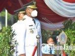 bupati-gresik-fandi-akhmad-yani-memimpin-apel-upacara-kemerdekaan-republik-indonesia.jpg