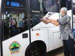 bus-vaksin-milik-dinas-kesehatan-provinsi-jawa-tengah-diresmikan-gubernur-ganjar-pranowo.jpg