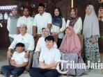calon-bupati-ngawi-ony-anwar-bersama-keluarganya-sebelum-coblosan-pilkada-ngawi-2020.jpg