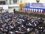 daftar-ulang-calon-mahasiswa-baru-snmptn-di-its-surabaya_20180509_082035.jpg