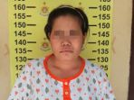 damaris-33-wanita-asal-nusa-tenggara-timur-ntt-pembobol-brankas-yang-ditangkap-polsek-wonocolo_20180712_154907.jpg