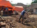 dampak-gempa-bumi-di-desa-majang-tengah-dampit-kabupaten-malang-ilustrasi-gempa-malang.jpg