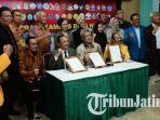 deklarasi-kampus-bela-negara-di-upn-veteran-jatim_20170620_192949.jpg