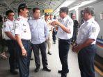 dprd-jatim-komisi-d-tinjau-kondisi-transportasi-ka-di-stasiun-surabaya-gubeng.jpg