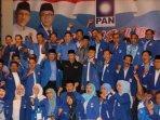 dpw-pan-jatim-bersama-ketua-umum-pan-zulkifli-hasan-saat-berada-di-surabaya-2020.jpg