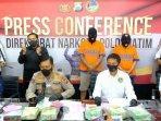 dua-pengedar-sabu-jaringan-malaysia-dibekuk-ditreskoba-polda-jatim-6-kilogram-sabu-diamankan.jpg