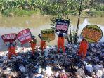 ecoton-temukan-sungai-mengandung-plastik.jpg