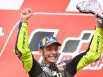 eskpresi-valentino-rossi-usai-meraih-podium-kedua-pada-seri-motogp-argentina.jpg